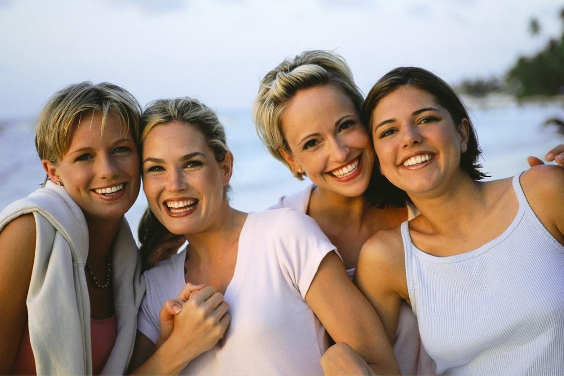 Ефектот што блиските пријатели го имаат врз вас ( и како да ги одберете вашите пријатели)