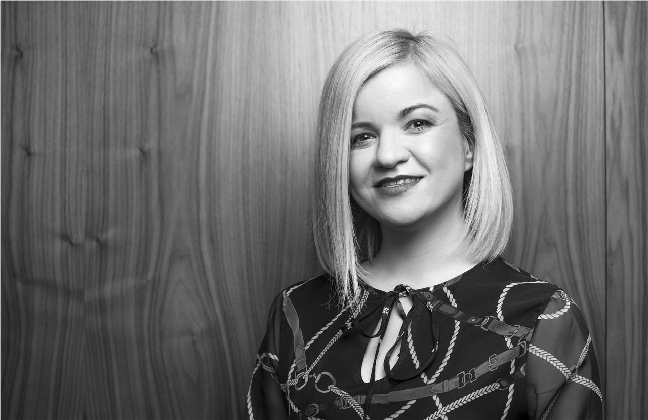 """""""Добрата тимска работа и меѓусебната доверба секогаш помагаат да се решат и најтешките проблеми"""" - Интервју со Елена Панова, маркетинг директор на Vip"""