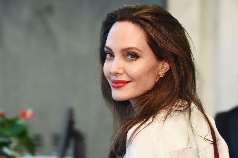 Анџелина Џоли стана уредник на Тајм Магазин