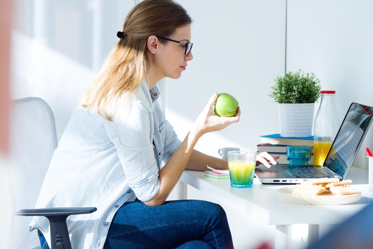 Храна која ќе ја зголеми вашата енергија на работа