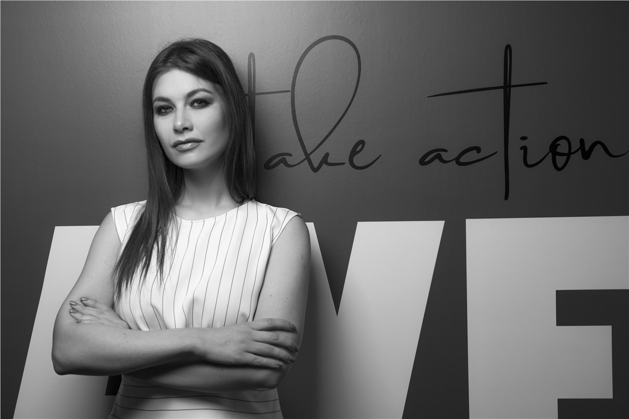 """""""Работи за да живееш живот каков што посакуваш"""" - Интервју со Аријана Коскарова, основач на Creative Hub"""