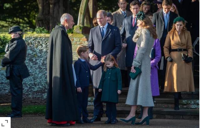 Почесна Божиќна прошетка на Принц Џорџ и Принцезата Шарлот