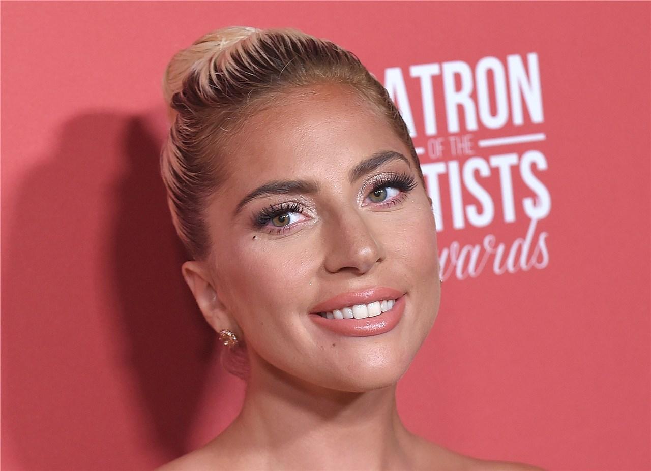 Лејди Гага: гласот кој не еманципира и ни ја обновува надежта!