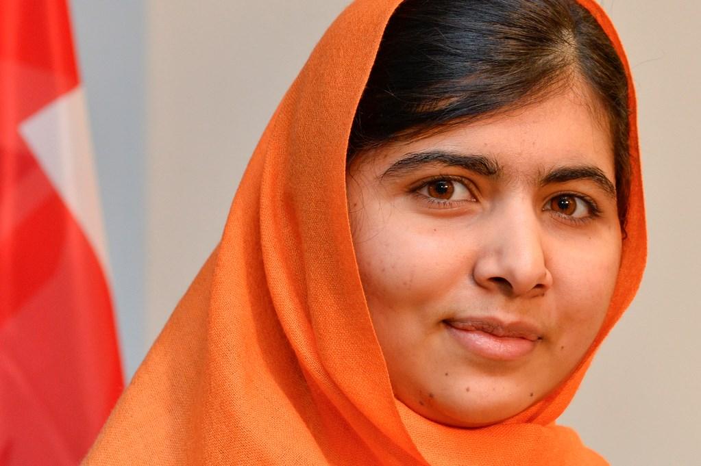 Малала - девојката која  ги разбива бариерите што спречуваат повеќе од 130 милиони девојки од целиот свет да одат на училиште