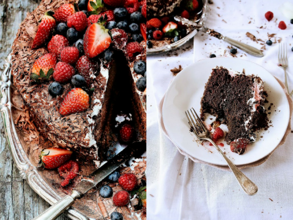 Рецепт за чоколадна торта со јагоди