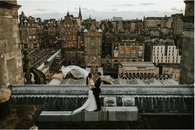 Неверојатни свадбени фотографии кои ќе ве потсетат дека љубовта е авантура.