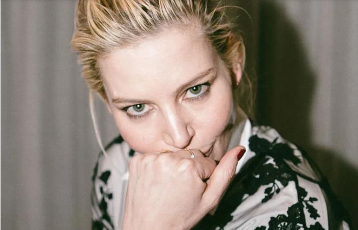 Како да добиете моден совет од стилистката на Никол Кидман?