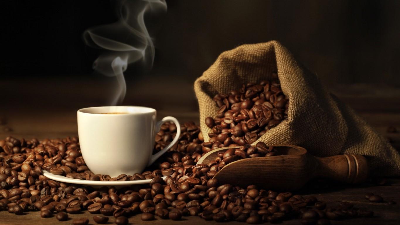 Зошто не треба да се пие кафе наутро