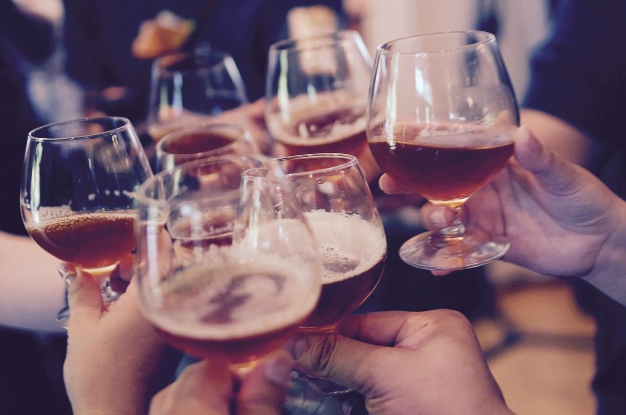 Дали консумацијата на алкохол навистина влијае на плодноста?