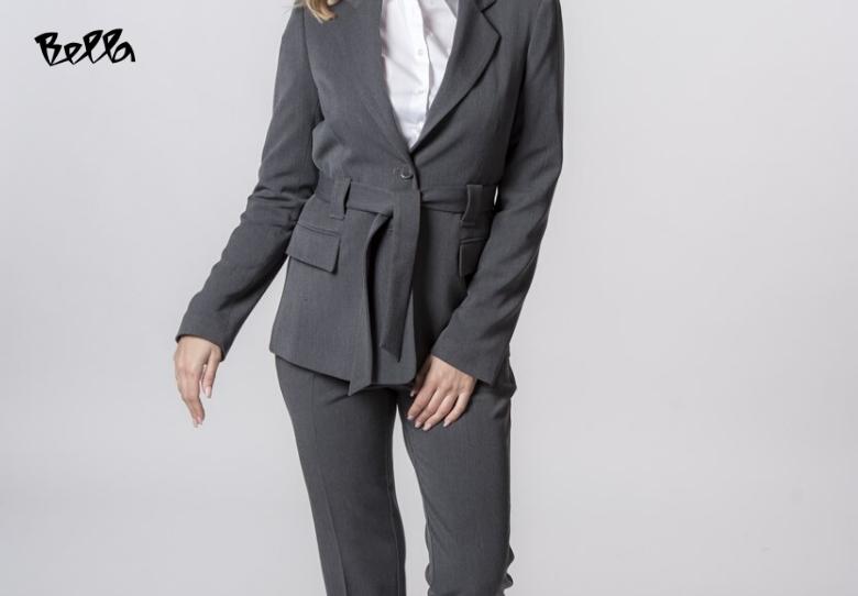 Костими за деловни дами со уникатен крој