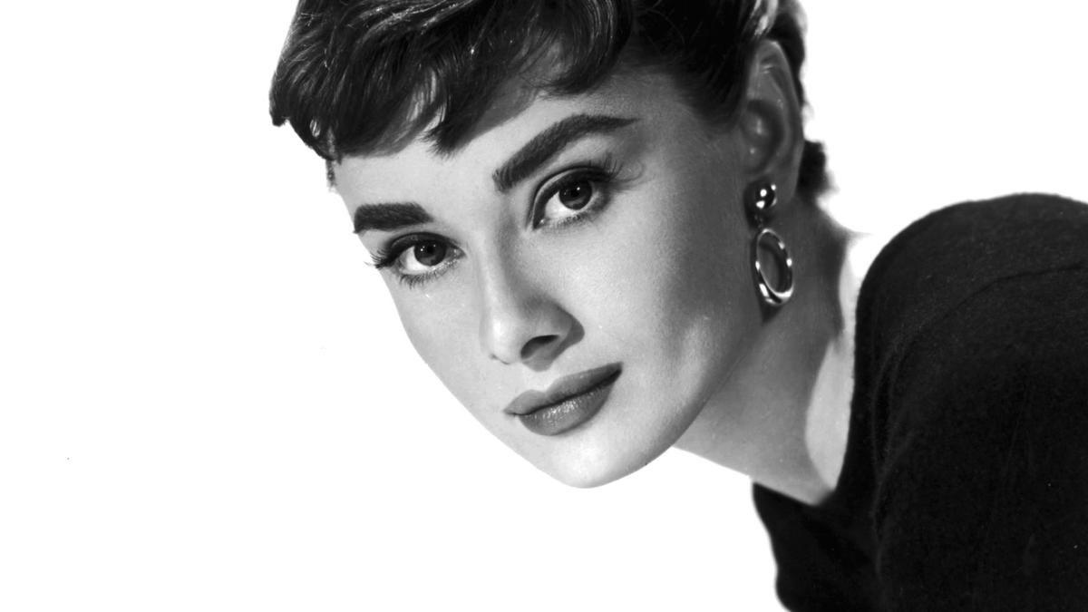 Одри Хепберн - Добрина и скромност сплотени во неповторлива, рафинирана елеганција