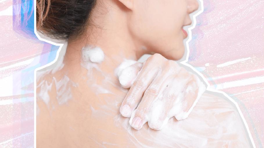 6 работи што ги правите погрешно додека се туширате и можат да ѝ наштетат на вашата кожа