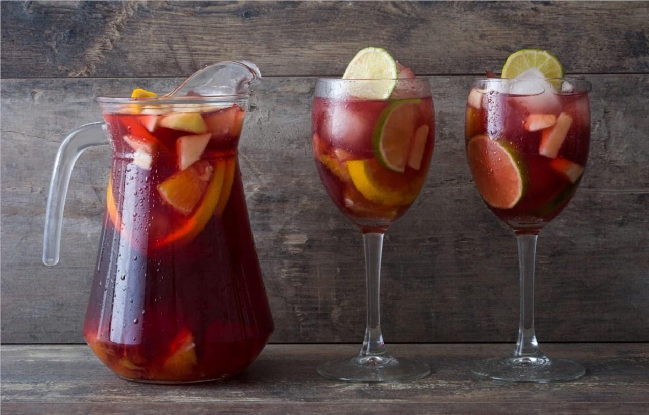 Вински коктели кои се одлични за претстојниот летен период